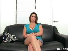Tiffany Unpropitious with massive tits does shunned
