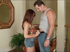 Izzi Ryder gives blowjob in morose jeans